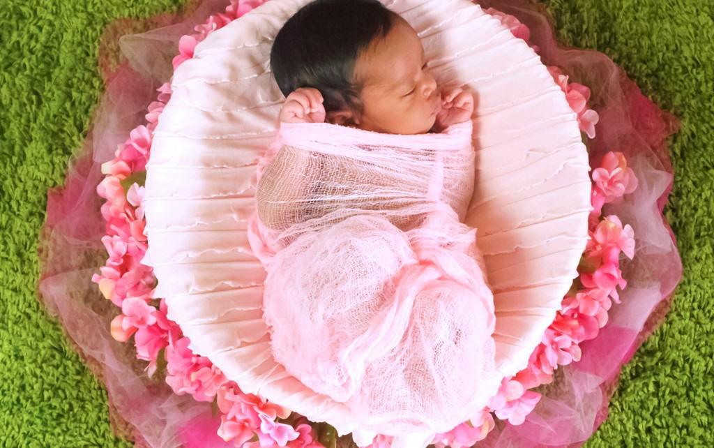 Kaye Loni Newborn Session 1